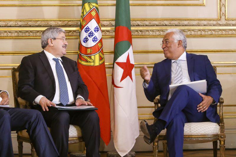 الاجتماع الـ 5 رفيع المستوى الجزائري-البرتغالي: التوقيع على 13 اتفاق تعاون    الإذاعة الجزائرية